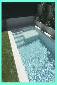 Small Pool Design, Home Decor Hacks, Building A Pool, Small Pools, Pool Houses, Lawn Care, Pool Designs, Jacuzzi, Swimming Pools