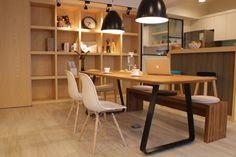我們的家庭重心以這個大餐桌兼工作桌為主。 by Phiphi Wang - DECOmyplace Projects