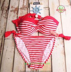 Size: M - L  Bust size: 34-38 No. Produk: 30101510030 Basic color: Putih  Model: Bikini - two piece  Fabric: Nylon - Polyester  Price: Rp. 110.000,- -------------------------------------- Contact: (e): pimpimbikini@gmail.com (p): +628176611176 / +628121057360