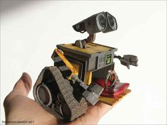Wall-e custom engagement box, made completely from scratch, based on my favourite character from Disney/Pixar movie. Wall-e engagement ring box Wall E, Engagement Box, Disney Engagement, Ways To Propose, Unusual Rings, Disney Jewelry, Geek Jewelry, Jewellery, Ring Verlobung
