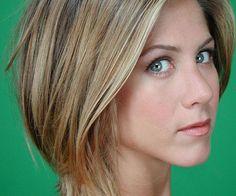jennifer+aniston+short+hairstyle | 35 Super Sexy Jennifer Aniston Hairstyles - SloDive