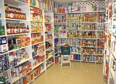 Kitchen Pantry Design, Kitchen Organization Pantry, Pantry Storage, Coupon Organization, Medicine Organization, Pantry Ideas, Organizing, Survival Prepping, Emergency Preparedness