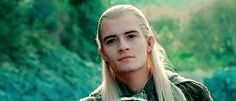 Aw he's so cute I love Legolas but no I don't like Orlando Bloom ok there's a difference Fellowship Of The Ring, Lord Of The Rings, The Middle, Middle Earth, Legolas Et Thranduil, Gandalf, Orlando Bloom Legolas, Capitan America Chris Evans, Science Fiction
