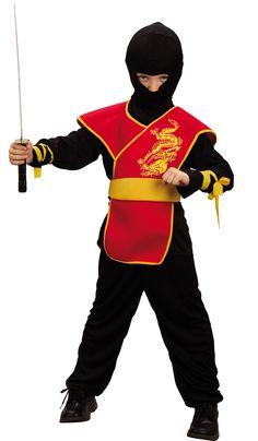 Este disfraz rojo de ninja para niño se compone de un pantalón, una túnica, una capucha, una armadura y un cinturón (sable y zapatos no incluidos).  La parte delantera tiene gomaespuma.  Este disfraz de ninja es perfecto para fiestas de disfraces o cu
