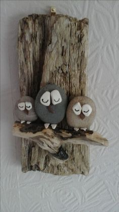 balcony garden decor DIY Painting the River Rocks Like a Bird - Unique Balcony amp; Garden Decoration and Easy DIY Ideas DIY Painting the River Rocks Like a Bird - Unique Balcony amp; Garden Decoration and Easy DIY Ideas Nature Crafts, Fun Crafts, Crafts For Kids, Arts And Crafts, Driftwood Projects, Driftwood Art, Stone Painting, Diy Painting, Garden Painting