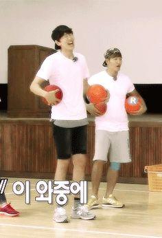 Running Man Lee Kwang soo Kim Jong Kook