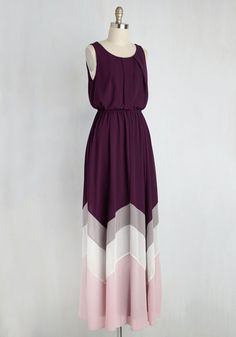You're sure to feel as radiant as the breeze off the ocean in this airy, purple maxi dress! A subtle chevron detail in hues of lilac, cream, and mauve adds interest to the hem of this sleeveless frock, while an elasticized waist and pleats keep you feeling comfortable as you step down the shore with your sweetie.