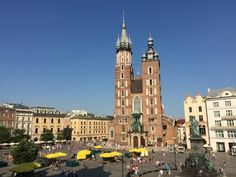 If you've never been to Kraków (Cracow), Poland and aren't sure whether it's worth visiting, this essay is for you. Enjoy the photos!