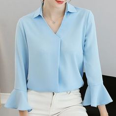 Tremendous Sewing Make Your Own Clothes Ideas. Prodigious Sewing Make Your Own Clothes Ideas. Blouse And Skirt, V Neck Blouse, Fancy Dress Design, Sewing Blouses, Casual Hijab Outfit, Designs For Dresses, Blouse Vintage, Blouse Designs, Blouses For Women