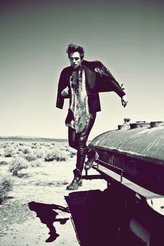 Robert Pattinson....x