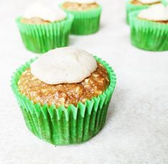 Cinnamon Cupcake shared by tiu_jass! 1 cup oat flour, 1/2 cup Perfect Fit Protein, 1 banana, 3 tbsp applesauce, 1 egg white, 1/2 tsp baking soda, 2 tbsp maple syrup, 1/4 cup coconut sugar, 1/3 cup oat milk. Preheat oven to 350 degrees. Combine dry ingredients in a bowl. Blend banana and applesauce. Fold in wet ingredients. Pour into cupcake liners. Bake for 12-15 min. Frosting ~ 1/2 can cold coconut milk, 1 scoop Perfect Fit Protein, 1 tsp cinnamon. Mix and top once cupcakes cool.