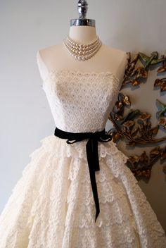 Wedding Dress // 50s Dress // Vintage 1950s by xtabayvintage, $495.00