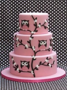 Cute pink Owl cake.  Oh my god,my girls would love this cake for their birthday.....it's gorgeous!!! by margery