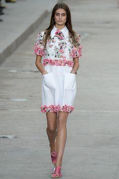 Chanel womenswear, spring/summer 2015, Paris Fashion WeekKOONN® MODULAR DECORATION CONCEPT. HANDMADE , UNIQUE CONCEPT 100% RECYCLED ALUMINIUM WWW.KOONN.NL KOONN.DE,