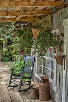 50 Classy Rustic Farmhouse Front Porch Decoration Ideas - Page 50 of 50 Farmhouse Front Porches, Rustic Farmhouse, Country Porches, Southern Porches, Rustic Porches, Cabin Porches, Farmhouse Ideas, Veranda Design, Gazebos