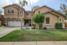Remarkable two story Home with soaring ceilings, beautifu...