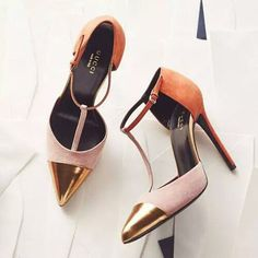 #gucci heels with #gold captoe https://ladieshighheelshoes.blogspot.com/2016/10/womens-shoes.html