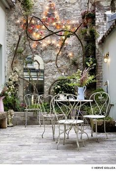 Best patio decorating ideas for A backyard guide to the essentials to make your outdoor space inviting, comfortable and functional. Read our expert tips for the perfect outdoor patio space. For more patio ideas go to Domino.