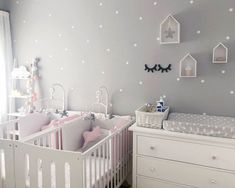 New kids room colors changing tables Ideas Nursery Twins, Baby Nursery Decor, Baby Decor, Nursery Room, Twin Baby Rooms, Baby Bedroom, Girls Bedroom, Twin Room, Baby Room Design