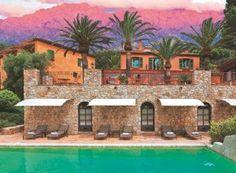 Les soins à base de plantes sauvages et les gommages au myrte sont sur l'île de beauté à l'hôtel la Signoria