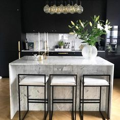 This lighting is perfect for a modern kitchen. This lighting is perfect for a modern kitchen. This lighting is perfect for a modern kitchen. This lighting is perfect for a modern kitchen. Black Kitchen Cabinets, Black Kitchens, Luxury Kitchens, Home Kitchens, White Cabinets, Kitchen Black, French Kitchens, Modern Kitchens, Kitchen Pantry