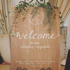 あつこ 卒花嫁/アニ嫁/デザイナーさん(@atsuko_wedding) • Instagram写 Wedding Show, Wedding Signs, Diy Wedding, Wedding Events, Wedding Backdrop Design, Ceremony Backdrop, Wedding Decorations, Wedding Bouquets, Wedding Flowers