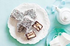 Choc-hazelnut lamingtons... couldn't stop eating them everytime