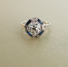 Antique Engagement Ring - White Gold with 2 ct European Cut Diamond. The diamond in my ring is the same cut. But only carat haha Elegant Engagement Rings, Antique Engagement Rings, Art Deco Engagement Rings, Wedding Engagement, Bijoux Art Deco, Art Deco Jewelry, Art Deco Ring, Art Deco Diamond Rings, Jewelry Crafts
