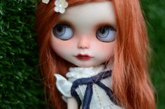 https://www.etsy.com/fr/listing/200553126/erin-ooak-custom-blythe-doll-22?ref=shop_home_active_1
