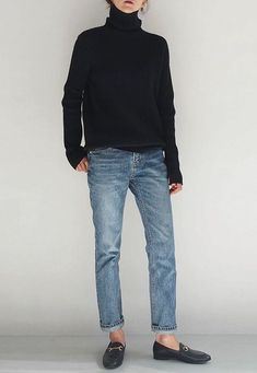 Jeans, Rollkragenpullover, schwarze Stiefeletten - The Fashion I Would Wear - Winter Mode Mode Outfits, Jean Outfits, Casual Outfits, Fashion Outfits, Fashion Blogs, Womens Fashion, Casual Jeans, Ladies Fashion, Fashion Skirts