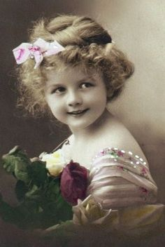 Vintage - sweet little girl.