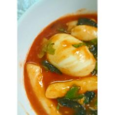 Tteokbokki, one of korean food, made by me, and it tasted good, yaay