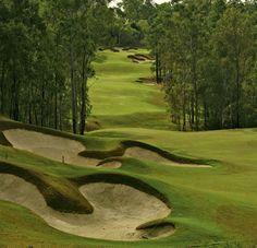 brookwater golf course Our Residential Golf Lessons are for beginners,Intermediate & advanced . Our PGA professionals teach all our courses in a incredibly easy way to learn and offers lasting results at Golf School GB www.residentialgolflessons.com
