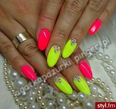 Discover new and inspirational nail art for your short nail designs. Bright Nails, Neon Nails, Yellow Nails, Holographic Nails, Pink Nails, Neon Nail Designs, Short Nail Designs, Classy Nails, Cute Nails
