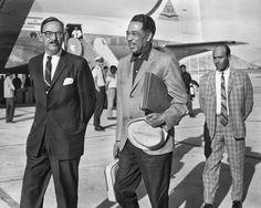 Ellington arrives in Kabul.