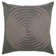 Throw+pillow+with ribbon spiral