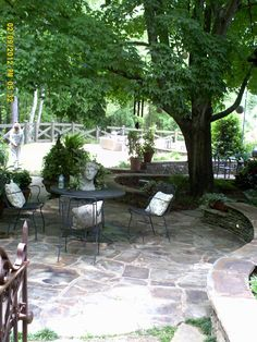 Hydrangea Festival - Daytime Garden Tours –Calming resting area