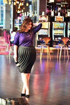 it's party season! Plus Size OOTD what to wear to a cocktail party skirt via @eloquii