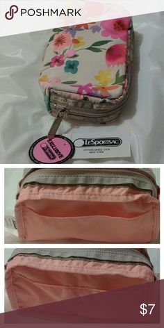 """Authentic LeSportsac Small Cosmetic Bag LeSportsac Exclusive - """"Rectangular Cosmetic Wildflower Garden""""  *Please note that an order will take around 2 weeks to arrive at its destination since I'm based outside the U.S. mainland LeSportsac Bags Cosmetic Bags & Cases"""