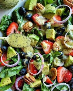 Watermelon And Feta, Spinach Strawberry Salad, Watermelon Cake, Strawberry Recipes, Easy Salads, Summer Salads, Summer Food, Healthy Salads, Feta Salad