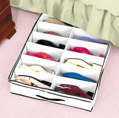 16 Creative and cheap shoe storage ideas - Do you have a problem with storing shoes? For your inspiration in the post therefore we present a few creative and cheap shoe storage ideas. Under Bed Shoe Storage, Shoe Storage Small, Diy Storage, Shoe Storage With Cover, Storage Baskets, Shoe Storage Ideas For Small Spaces, Storage Design, Closet Storage, Shoe Containers
