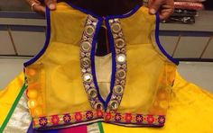 Mirror blouse Choli Designs, Fancy Blouse Designs, Blouse Neck Designs, Blouse Styles, Blouse Patterns, Dress Designs, Mirror Work Saree Blouse, Mirror Blouse Design, Girly