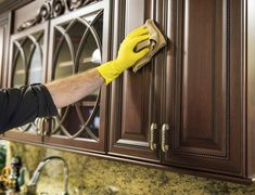 how to clean grease off laminate kitchen cabinets