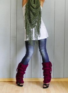 I've seen leg warmers everywhere and have been wanting some, and now I finally know how to wear them!