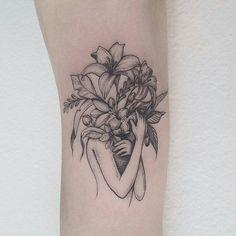 Que linda! Feito por @farfallaink - #tatuagem #tattoo #tatuaje