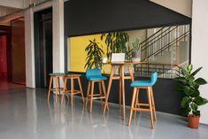 Dřevěná barová židle WITTY pro milovníky dřeva :)