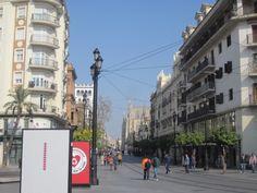 Sevilla, Avenida de la Constitución
