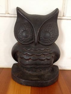 Vintage Cast Iron OWL Doorstop