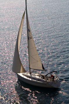 Bavaria 36. Sailing yacht. Yacht charter in Croatia.