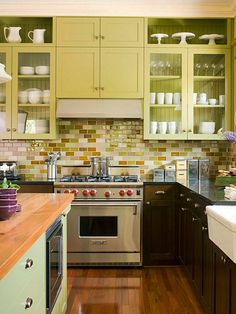 """If you're looking for a new take on an old standby, you'll want to check out the updated look of """"subway"""" tile.  Originally installed in New York's public transportation system facilities in the early 1900's, subway tile was cheap, functional, and easy to rid of dirt, smoke and graffiti."""